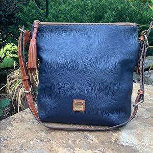 💙Beautiful Navy Dooney&Bourke Leather Crossbody